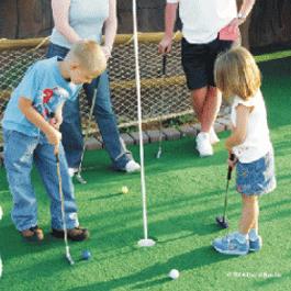 Miniature Golf Putt Putt Tour